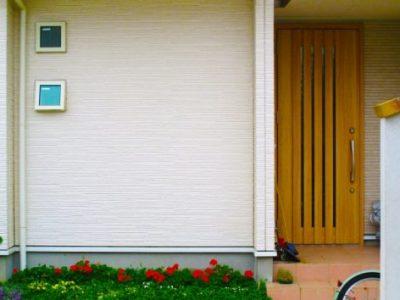 玄関風水~北西方角の位置にある玄関の運気アップ方法~