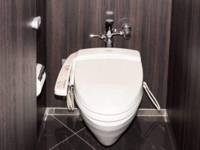 風水を使ってトイレから運気UPする色使いとインテリア<南西方位Ver.>